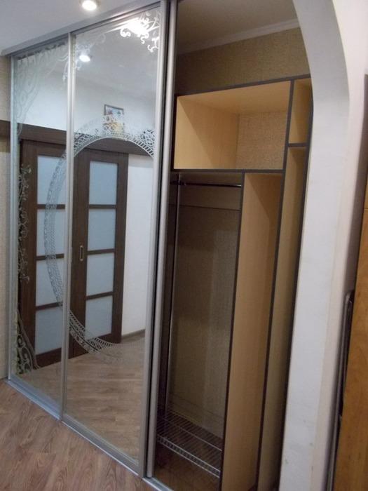 Белые шкафы-купе-Шкаф-купе с зеркалом «Модель 99»-фото2