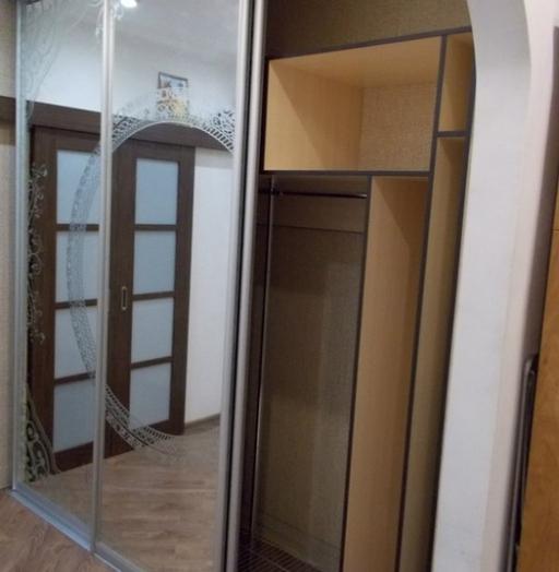 Белые шкафы-купе-Шкаф-купе с зеркалом «Модель 99»-фото5